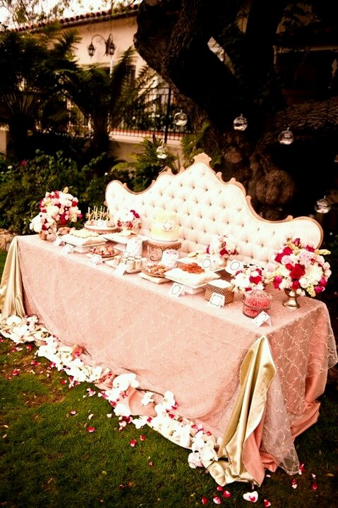 Wedding Theme: Disney Princess – We Do Dream Weddings!