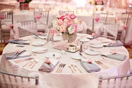 Wedding theme barbie doll we do dream weddings - Fleur mariage table ...