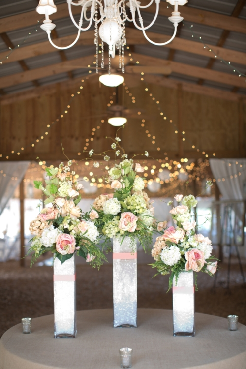 Coral-and-Sage-Green-Florida-Barn-Wedding_0035