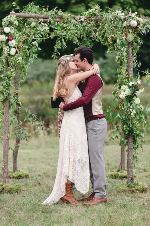 Rustic_Bohemian_Wedding_Dan_and_Melissa_Photography_32-v