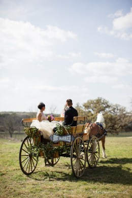 http://www.modwedding.com/2015/02/15/vintage-texas-wedding-shepherd-creek-ranch-archetype-studio-inc/